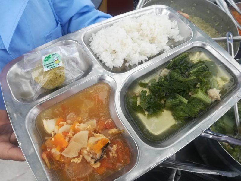 カンボジア国立小児病院の給食