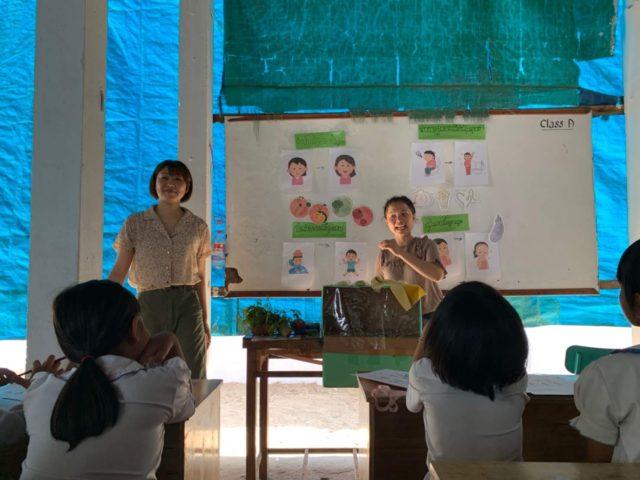 カンボジアの子どもを対象に栄養教育